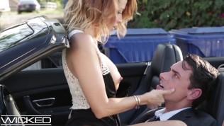Минет и секс в машине — классное порно